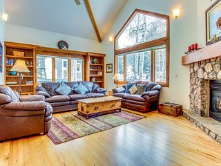 Immaculate and palatial dog-friendly estate in Eagle Vail - close to skiing