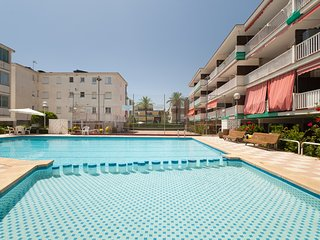 Oasis Be my Guest Castelldefels