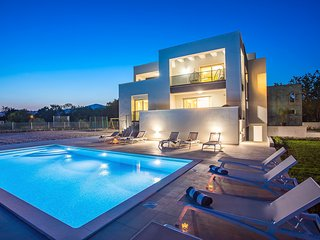 New!Villa Marijeta exclusive 5 star villa with 50sqm heated pool and 6 bedrooms