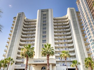 Gulf front, penthouse condo w/ a shared pool, hot tub, & sauna - on the beach