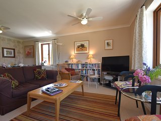 Stoats Old River Way, Sleeps 9, Dog friendly Holiday Cottage