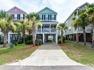 Sherbet Hermit, Large Luxury Home w/Private Pool, Just 75 Steps to Surfside Beach