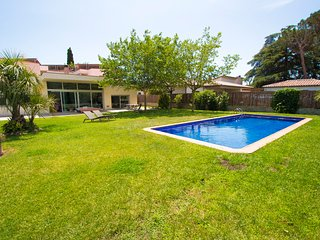 Modern Villa Montseny with private pool & garden in Catalonia. Up to 10-12 guest