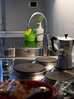 La Corte di Zizi, appartamento 'Riva: la cucina, particolare