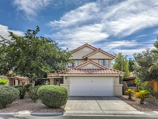 Enchanting and Spacious 3 BR Home w/Pool and Spa