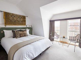 Sonder | Edgware Road Hotel | Lovely Room