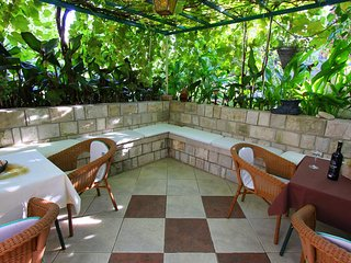 Lopud Apartment Sleeps 3 with Air Con and WiFi - 5808663