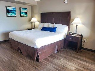 Ocean/Pool View Studio Suite~Caravelle 209