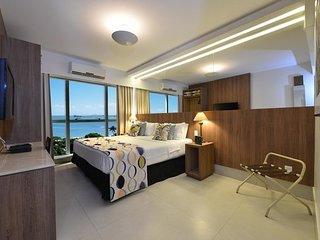 Apartamento praia candeias, muito luxuoso e com varias comodidades.