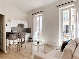 Apartment for 4 *NICE*
