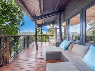 The Treehouse - Airlie Beach, QLD