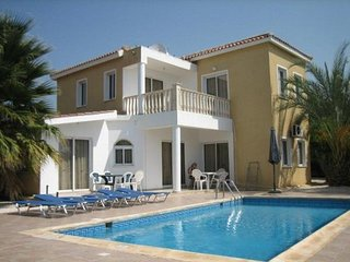 3 Bed Paphos Villas - Coral Bay (151)