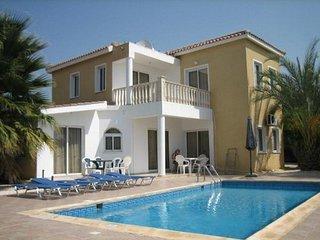 3 Bed Paphos Villas - Coral Bay (151)