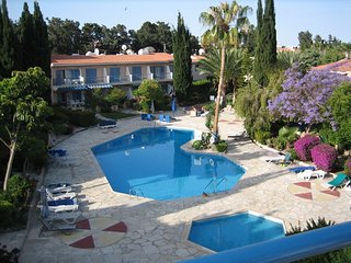 2 Bed Apartment - Paradise Gardens (277)