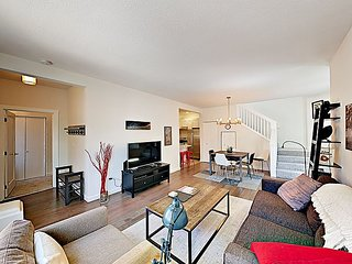 2BR/1BA Hip & Fun Capitol Hill Flat—Walk to Dining & Attractions