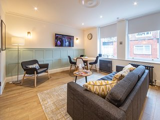 Westminster Brand New 2 Bed 2 Bath Apartment