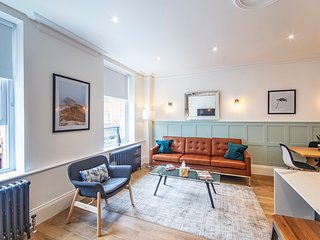 Westminster Brand New 2 Bed 1 Bath Apartment