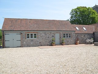 75683 Barn situated in Weston-Super-Mare (4mls SW)