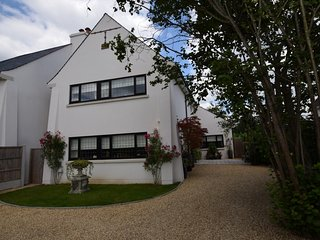 75653 House situated in Ringwood