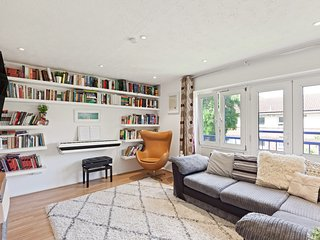Lovely 2Bed Family Apt near the Royal Docks