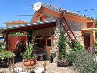 1 bedroom Villa with Air Con and WiFi - 5791436