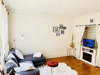 Fully furnished apartment in downtown San Francisco!