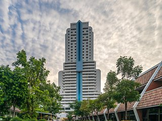 Patong Tower BEST LOCATION, walk to beach, shops, bars 1003