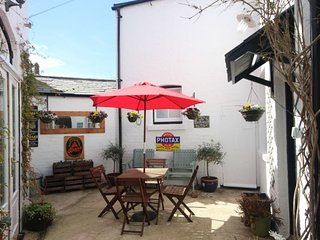 Beachlands Cottage - A hidden gem 2 bedroom cottage tucked away near Deal Castle