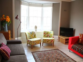 Allotment Holiday Apartment - Contemporary apartment in the heart of Deal sleepi