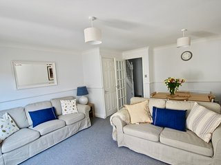 Filmer Cottage - Delightful coastal cottage in the heart of Walmer