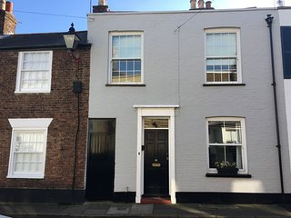 Water Street - Lovely, charming cottage in the heart of Deal sleeping 6