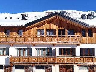 Chalet de Ski Rustique Près des Pistes | Skiez les 3 Vallées