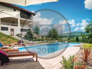 Beautiful apartment in Rakovica w/ Outdoor swimming pool, WiFi and 1 Bedrooms