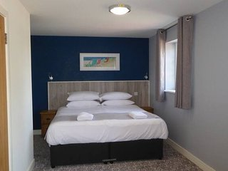 Rooms at 73Waterlooville Rm4
