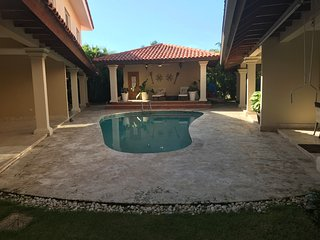 SERENE TOWNHOUSE IN METRO COUNTRY CLUB-FOR SALE ONLY