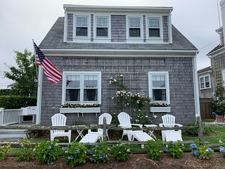 20 Willard Street, Nantucket, MA