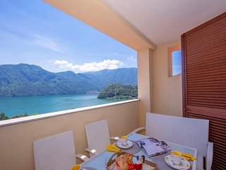 Como Lake Modern apartment Ulivi
