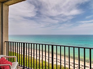 NEW-Oceanfront Jensen Beach Penthouse Condo w/Pool