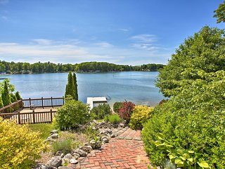 Luxurious Lakefront Home w/Beach in Traverse City!