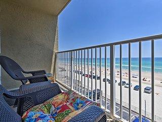 Daytona Beach Studio - Ocean View, Balcony & Pool