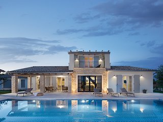 Beautiful Villa Cotogna, in Istria, with a Pool