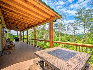 NEW! 'Southern Spirit' Cabin, 1Mi to Bryson City