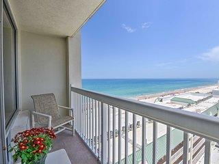 Daytona Beachfront Condo w/ Ocean View & Amenities
