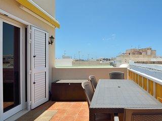 SeaViews Solarium Terrace Apartment