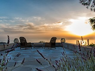 Casa Rufoletta with Jacuzzi, Sea View, Terrace e Breakfast