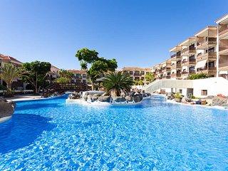 HomeLike Balcon del Mar- Pool & Terrace + Wifi