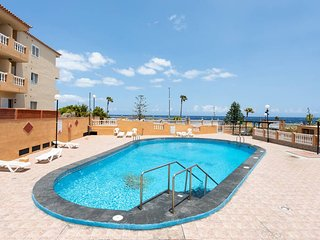 HomeLike Beach and Pool Caletillas Terrace Apart