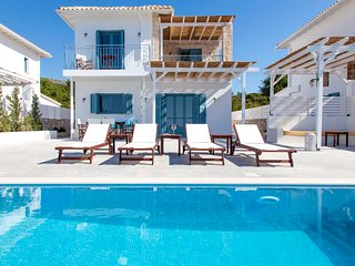 BrandNew Villa With Views &Private Pool Offers 10%Off For Bookings In Early July