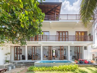 Araliya Beach House  Galle