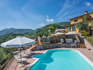 4 bedroom Villa with Pool, Air Con and WiFi - 5808702